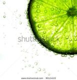 stock-photo-lime-slice-in-water-80124103 (1)