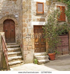 stock-photo-picturesque-nook-in-italian-village-pitigliano-tuscany-europe-127987694