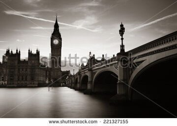 stock-photo-big-ben-and-house-of-parliament-in-london-at-dusk-panorama-221327155